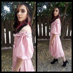 Beautiful Vtg 80s pink satin princess party dress